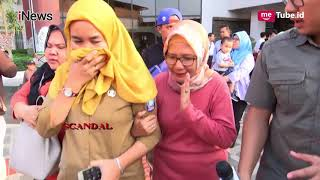 Video Tangisan Keluarga Korban Lion Air PK-LQP di Bandara Soekarno Hatta Part 01 - Scandal 03/11 MP3, 3GP, MP4, WEBM, AVI, FLV Januari 2019