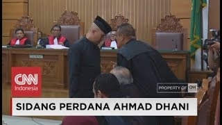 Video FULL - Ahmad Dhani di Sidang Perdana Dugaan Ujaran Kebencian MP3, 3GP, MP4, WEBM, AVI, FLV November 2018