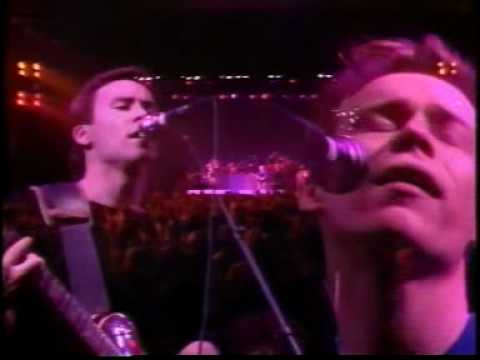 Video red red wine ub40
