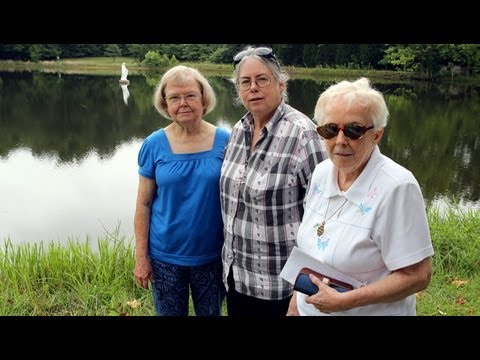 Watch: Nuns in Central Kentucky Protest Fracking, Plans to Build New Oil Pipeline
