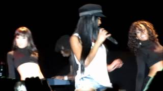 Brandy Tributes Whitney Houston with Dance Medley - Best Buy Theater New York, NY 10/15/12