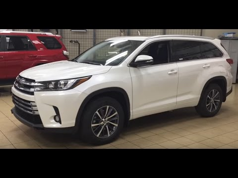 new 2017 toyota highlander xle 4 door sport utility in sherwood park hi78039 sherwood park toyota. Black Bedroom Furniture Sets. Home Design Ideas