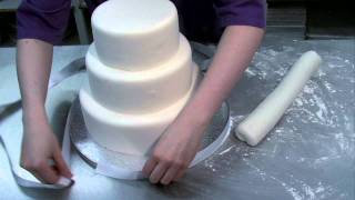 Beautiful easy to make Wedding Cake - YouTube