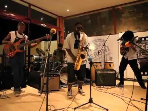 4seasons live @ The Village, Mamelodi, Pretoria, 2011 (видео)
