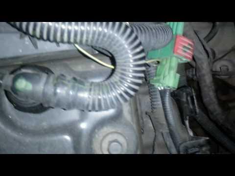 Remoção do sensor de velocidade do Citroen do Citroen C3