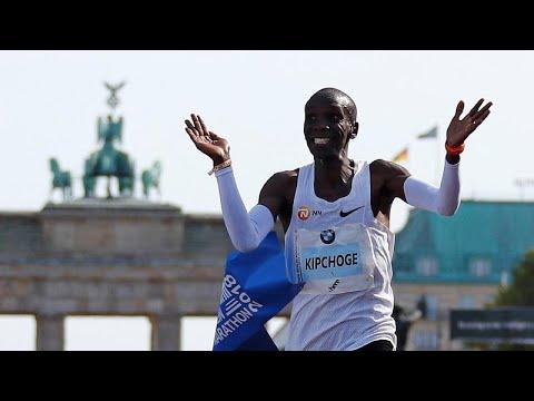 Παγκόσμιο ρεκόρ στον Μαραθώνιο από τον Κενυάτη Ελιούντ Κιπτσόγκε…
