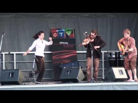Ashley MacIsaac at the Sudbury Celtic Festival featuring Ariel Hyatt