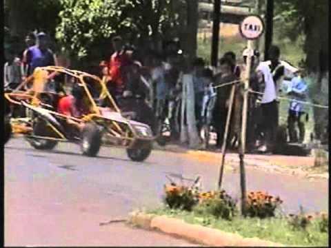 Gincana de carros em sertão RS 2002..1 parte