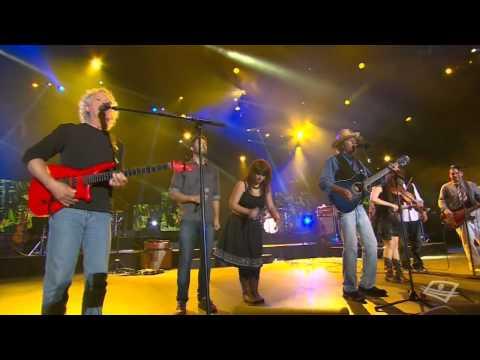 plume - Voici les extraits du show de la St-Jean impliquant Plume! Spectacle diffusé à Télé-Québec.