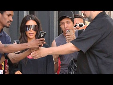 Kim Kardashian Surrounded At Her Apartment
