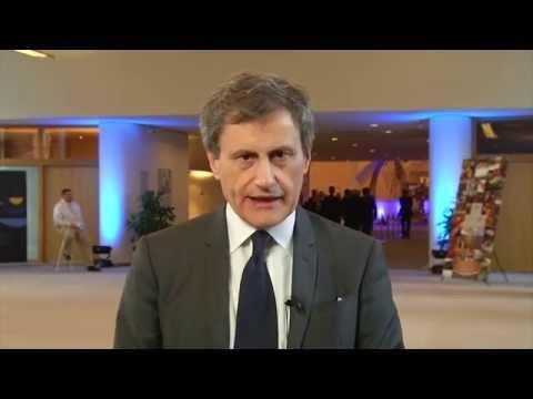 PARLAMENTO EUROPEO: UNA GRANDE TRIBUNA CONTRO L'EURO