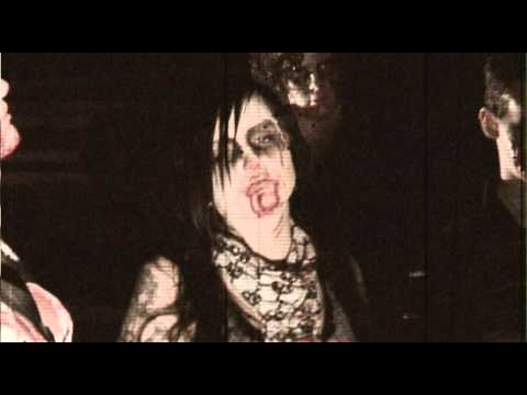 Hellbilly - Here it is - the music video for Pickups n Pitchforks' HELLBILLY ZOMBIE INVASION. Enjoy! For more horror and exploitation, visit www.strangethingsarehappenin...