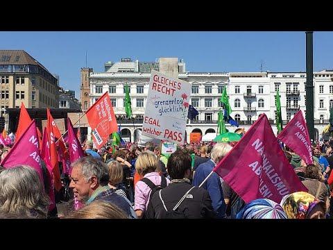 Διαδηλώσεις κατά του εξτρεμισμού και της ακροδεξιάς