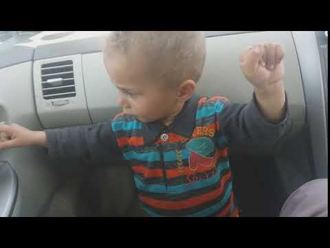 Little afnan dancing in car amazing