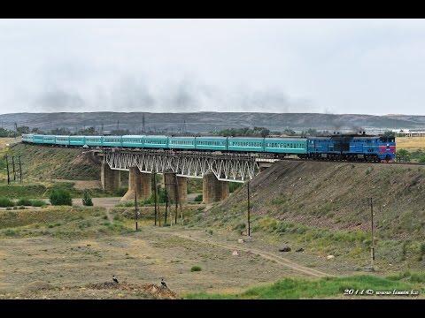 2ТЭ10М-3165 с поездом Алма-Ата — Павлодар