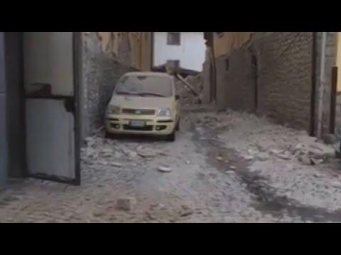 Ισχυρός σεισμός 6,2 βαθμών στην Ιταλία