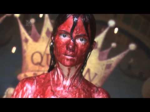 Carrie - Cena do Baile - 1976, 1999, 2002, 2013 - Prom Scene