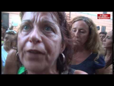 """scuola, le maestre protestano:""""in cinquemila a rischio licenziamento"""""""