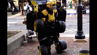 Human Transformer - The Coolest Street Performer!