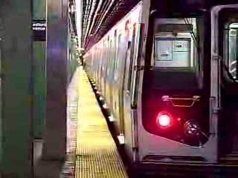 MustangFan424 - This is a video I took of a 8th avenue bound L train entering Bedford Avenue.