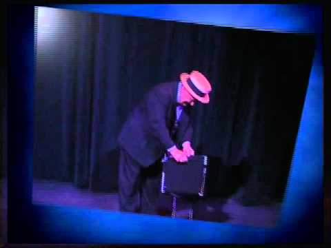 Ray Roch's sleight-of-hand comedy magic show.mp4