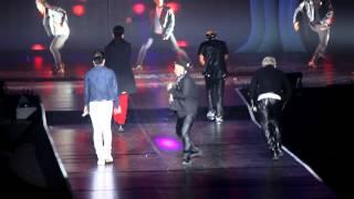 Video Big Bang Alive Tour 2012 London - GARAGARA GO!! (ガラガラ GO!!) /Number 1 MP3, 3GP, MP4, WEBM, AVI, FLV Juli 2018