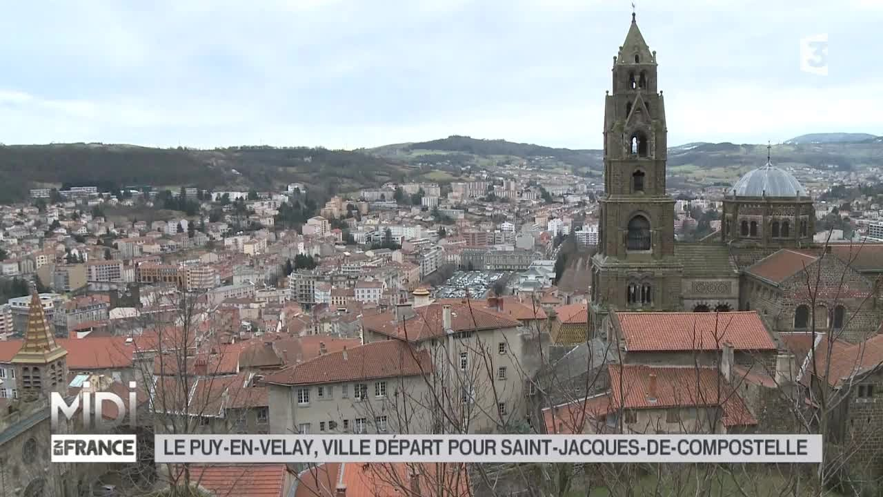 Le Puy-en-Velay Point de départ vers Saint Jacques Midi en France Mars 2015