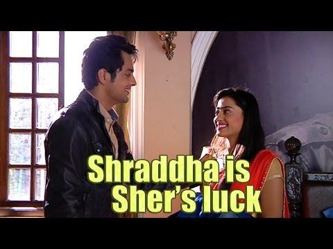 SHER MAKES SHRADDHA SMILE From the sets of Piya Ra