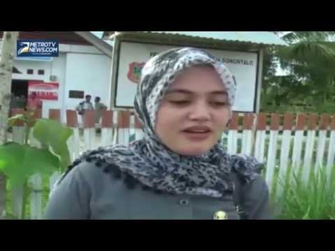 gratis download video - bu-lurah-cantik-dan-muda-dari-Gorontalo