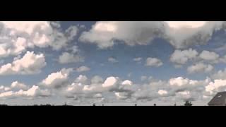Fair weather cumulus clouds (time lapse)