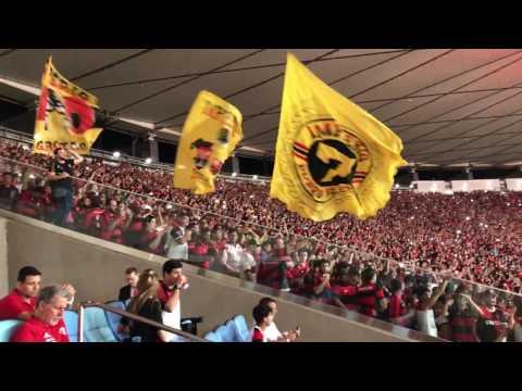 Entrada do Flamengo em Maracanã pela Libertadores contra a Católica