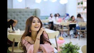 Nonton Yessy Diana - Jomblo Bahagia (OfficialVideoKlip) Film Subtitle Indonesia Streaming Movie Download