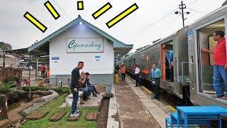 Download Video INI STASIUN SAKTI !! Naik KA Dari Stasiun Kecil Cipeundeuy | Argo Wilis MP3 3GP MP4