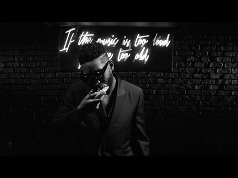 Tinie Tempah Ft. Giggs  - Look At Me Now