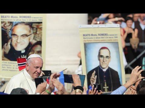 Τελετή αγιοποίησης στον Άγιο Πέτρο από τον Πάπα Φραγκίσκο…