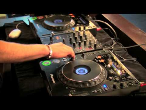 How to DJ Free Video Tutorial 2013 – Beatmatching Perfectly | DJ Master Course