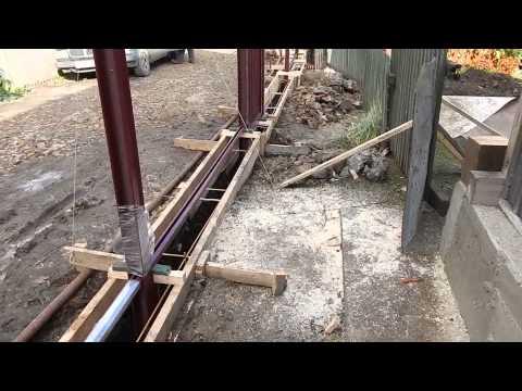 Как сделать фундамент для распашных ворот 26