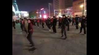 Xianyang China  city images : Xianyang China Square Dance 2012 November 27