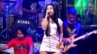 Ika Silvia HOT - DITINGGAL RABI - BINTANG 9 LIVE YELLOW WATER - Dangdut Bintang 9 Terbaru 2017
