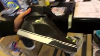 Video sulle scarpe Osiris NYC 83 e Remix che cambia colore in base alla temperatura adatta per skate e lifestyle.