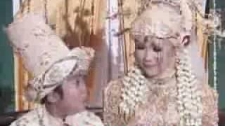 """Video Adul jadi Rajin """"Belah Duren"""" Pasca Menikah - CumiCumi.com MP3, 3GP, MP4, WEBM, AVI, FLV November 2017"""
