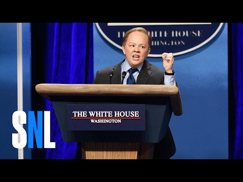 Sean Spicer Press Conference (Melissa McCarthy) - SNL (видео)