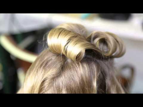 Hair Trend News #2 : Odile Gilbert en backstage coiffure du défilé Alexis Mabille