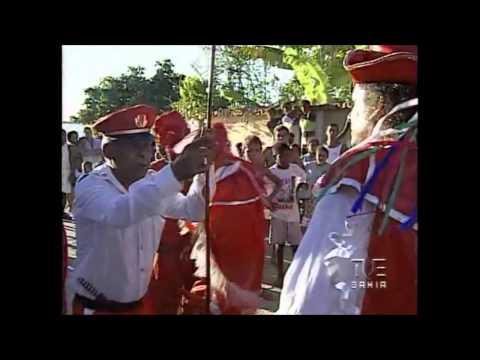 Lutas de Cristãos e Mouros - Bahia Singular e Plural (видео)