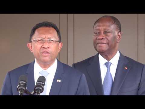 COTE D IVOIRE : ENTRETIEN DU PRESIDENT OUATTARA  AVEC SEM HERY RAJAONARIMAMPI ANINA Président de MADAGASCAR