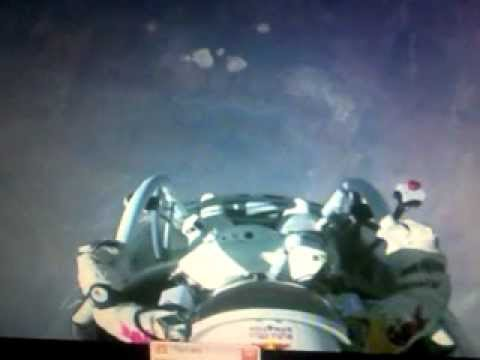 Rivivi la diretta del lancio red bull stratos felix baumgartner da 38950 m