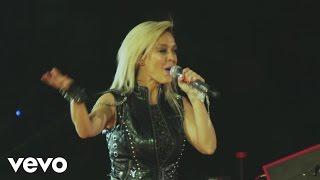 Me Enamoro de Ti (Fey feat. JNS) Lista Oficial Spotify: https://90sPopTour.lnk.to/PlaySpot Consigue 90s Pop Tour en:...