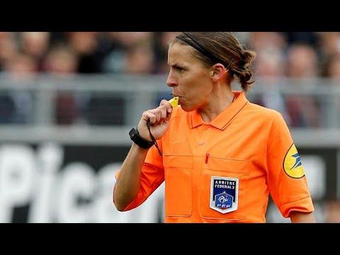 Η πρώτη γυναίκα διαιτητής σε τελικό ανδρών της UEFA