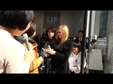 Grand Opening of Gap's Flagship Store in Tokyo Video