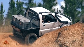 Day trip with the Zook to Glass House Mountains here in Queensland / Australia. Couple of nice modified Suzuki Jimny having fun offroading. One one them was cut into a ute, which is pretty unique!Sorry for the bad camera work, just noticed after rendering too much fast zoom in and out :/ Will improve next time.For more Go4x4 videos please subscribe to our channel:http://www.youtube.com/go4x4mediaOr follow us on Facebook:http://www.facebook.com/go4x4mediaInstagram:https://instagram.com/go_4x4/